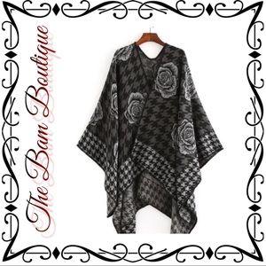 Black & Gray Houndstooth Rose Shawl